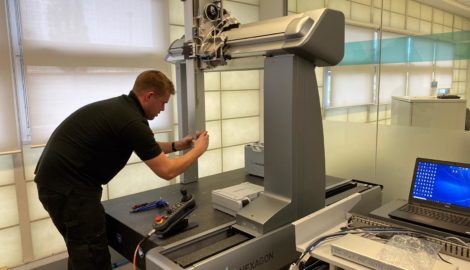 Rare precision measuring machine available for smaller tech businesses